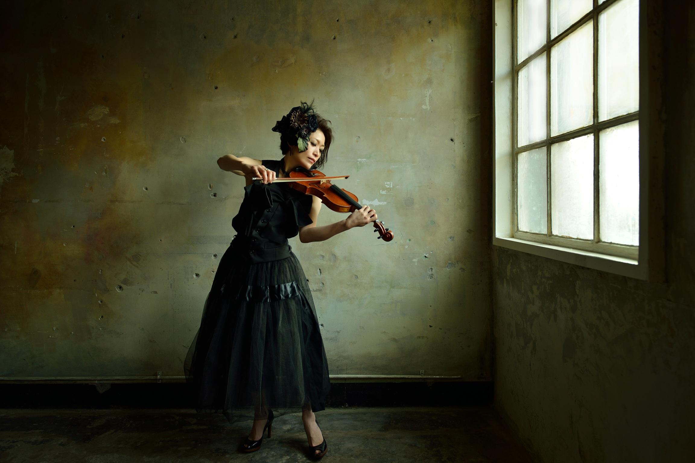 Violinist 会田桃子公式サイト